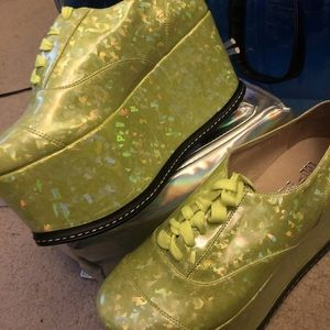 Shoes - Green Ego and Greed Winner Platforms